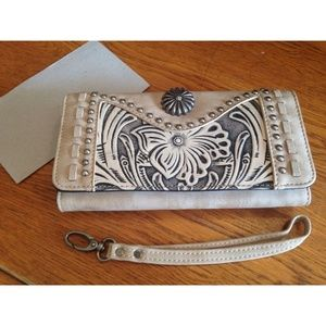 Montana West Trinity Ranch Leather Design Wallet